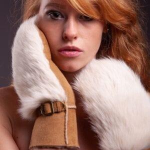 Frickin Ivy dames wanten beige camel fur 7